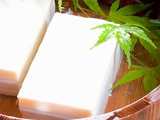 「北海道産有機大豆」100%使用